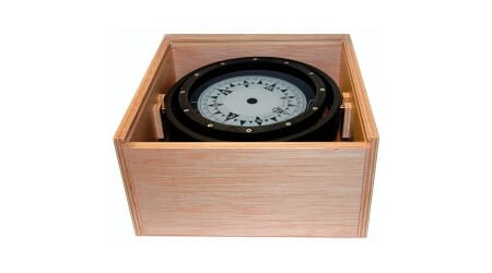 Spare 125 mm magnetic compass in wooden box